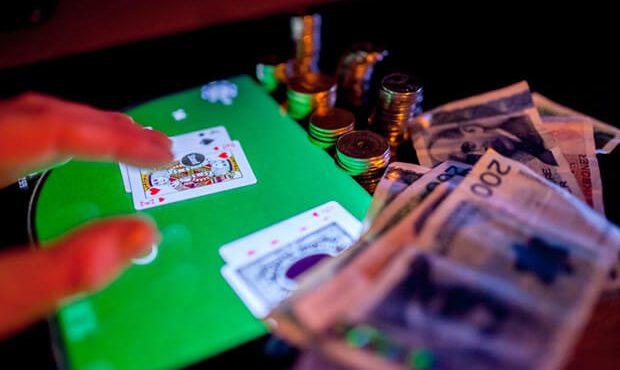 Bermain Judi Poker Bersama Pemula